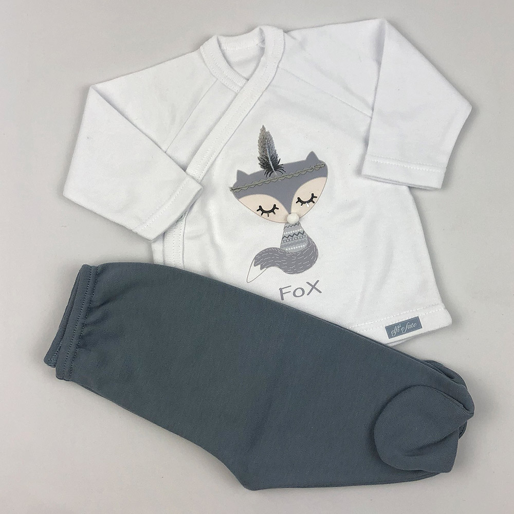 Conjunto de camiseta y polaina