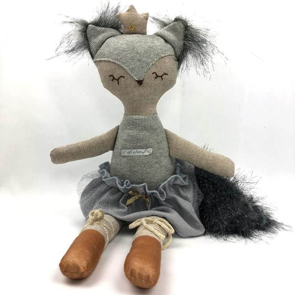 Muñeca Dancing fox